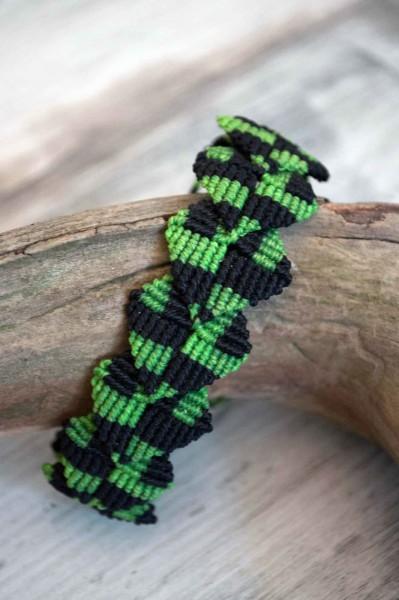 Armband Makramee Karos grün/schwarz