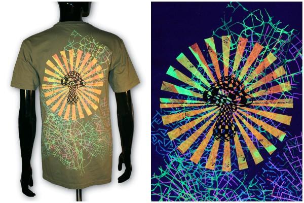 T-Shirt ● Karierter Pilz oliv uv ● Unikat