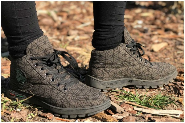 Schuhe Flower of Life oliv