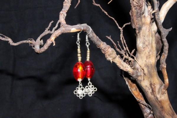 Ohrringpaar mit Glasperlen 1