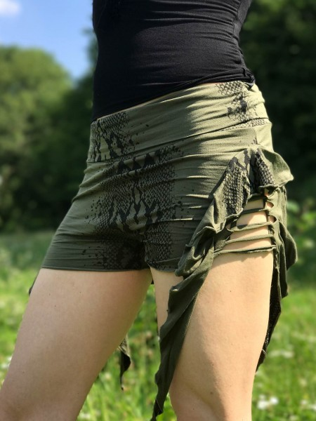 Shorty Frill snake olive