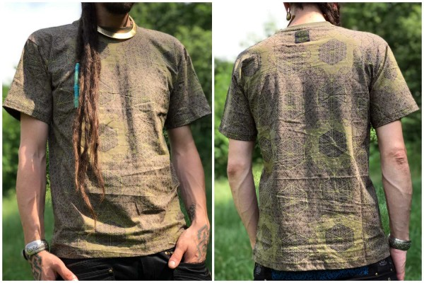 T-Shirt Sacred Flower braun