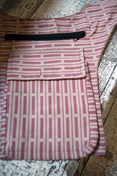 Gürteltasche Streifen rosa